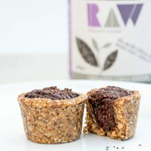RAW vegan chocolate chia pudding pies