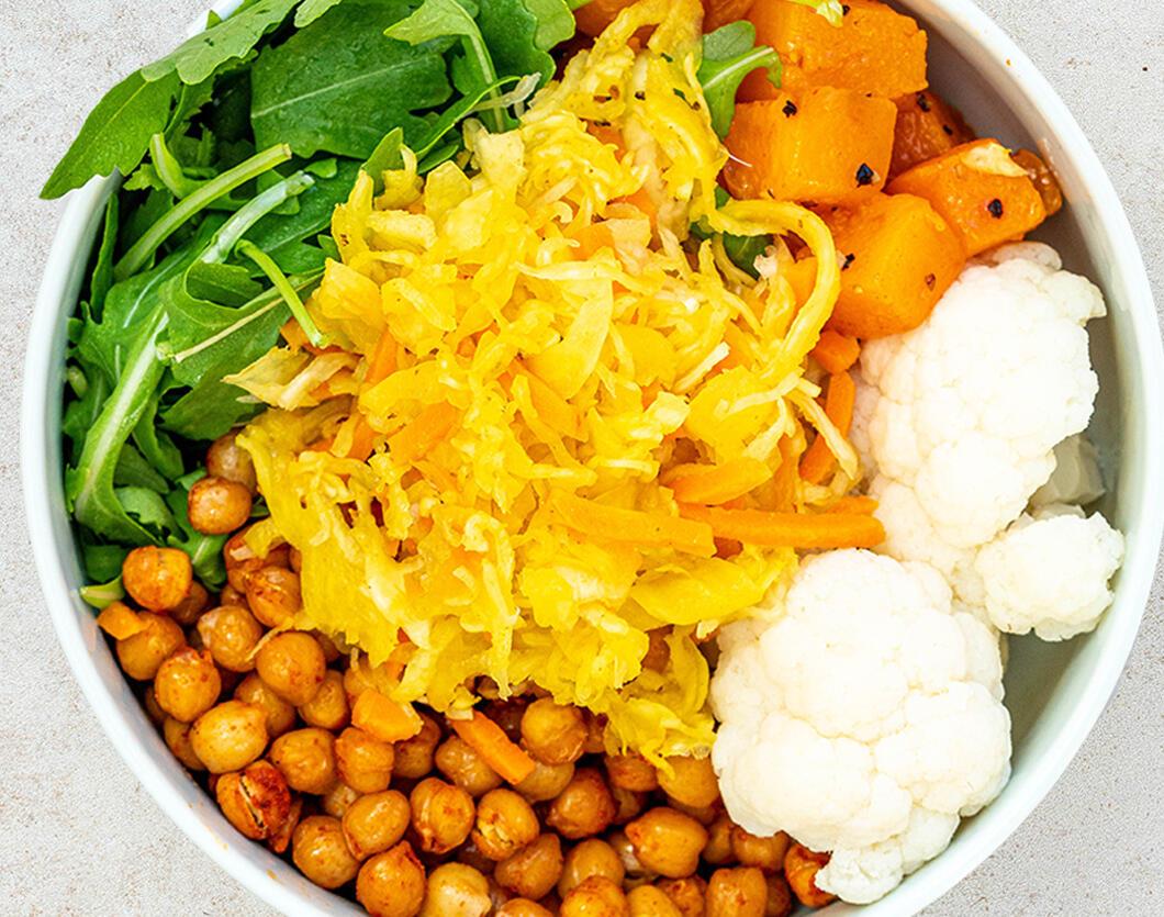 Simple Vegan Chickpea, Cauliflower and Pumpkin Bowl